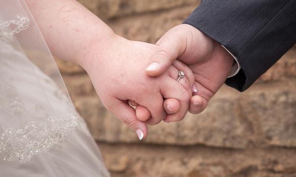 Hands   Minnesota Wedding Photographer