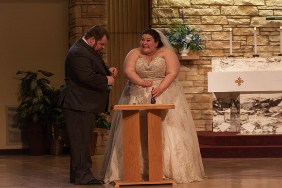 A Funny Sand Ceremony   Minnesota Wedding Photographer