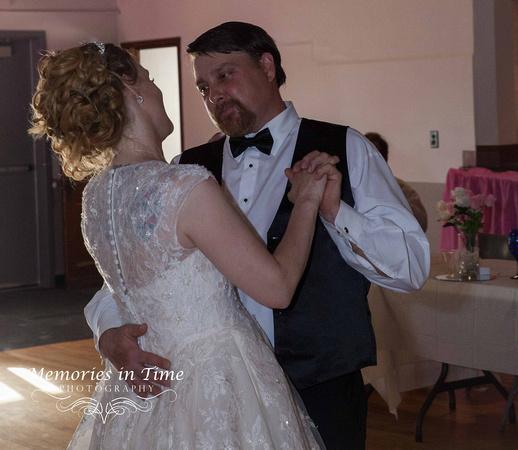 Minnesota Wedding Photographer   The First Dance
