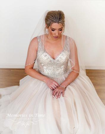 Minneapolis Wedding Photographer | Michigan Wedding Photographer | The Bride