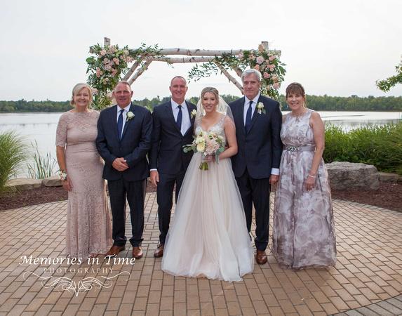 Minneapolis Wedding Photographer | Michigan Wedding Photographer | With the Parents