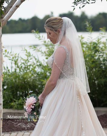 Minneapolis Wedding Photographer | Michigan Wedding Photographer | A Bridal Portrait