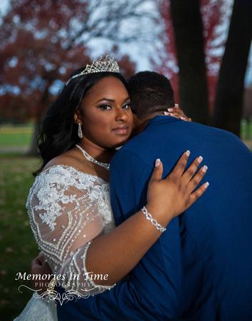 Minnesota Wedding Photographer | Shoreview Community Center | A quiet moment