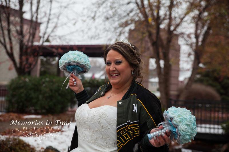 Minneapolis Wedding Photographer | The Courtyards of Andover