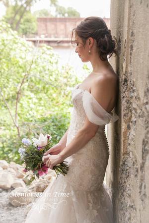 Minnesota Wedding Photographer | A Surly Brewing Company Wedding | Sarah