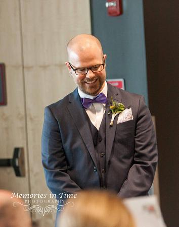 Minnesota Wedding Photographer | A Surly Brewing Company Wedding