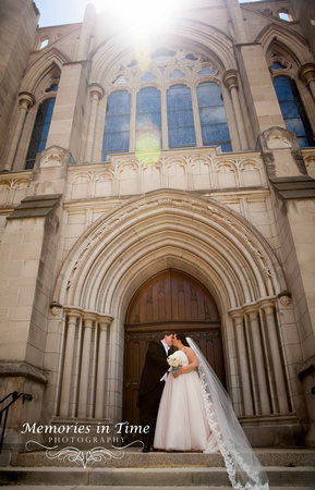 Minnesota Wedding Photography | Hennepin Avenue United Methodist Church