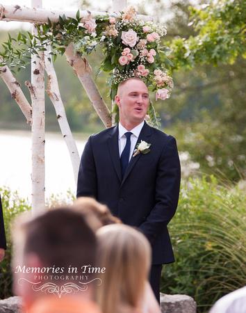 Minneapolis Wedding Photographer   Michigan Wedding Photographer   He sees Her