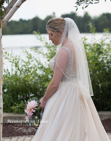 Minneapolis Wedding Photographer | Michigan Wedding Photographer | A Bridal Portrait