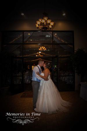 Minneapolis Wedding Photographer   The Courtyards of Andover
