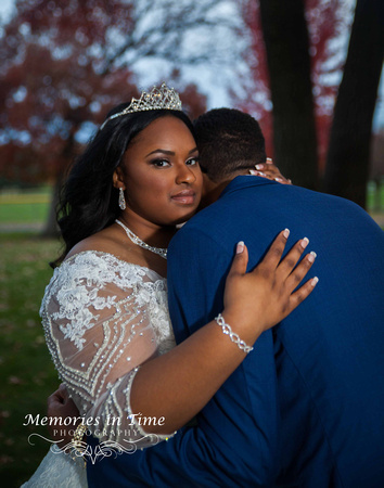 Minnesota Wedding Photographer | Shoreview Community Center | A quiet moment